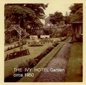 3THE_IVY_HOTEL_Garden_circa_1950